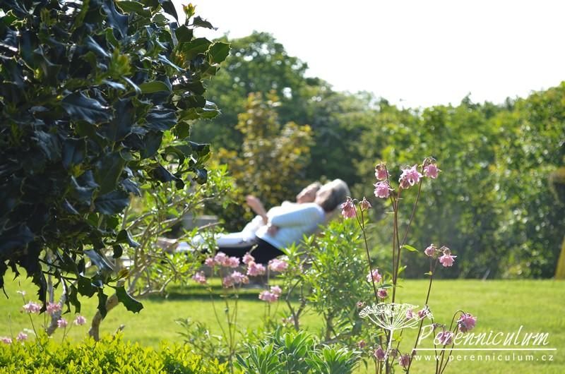 Po hektických davech na londýnské Chelsea Flower Show, tohle bylo místo pro klidný odpočinek a vstřebávání okolní krásy.