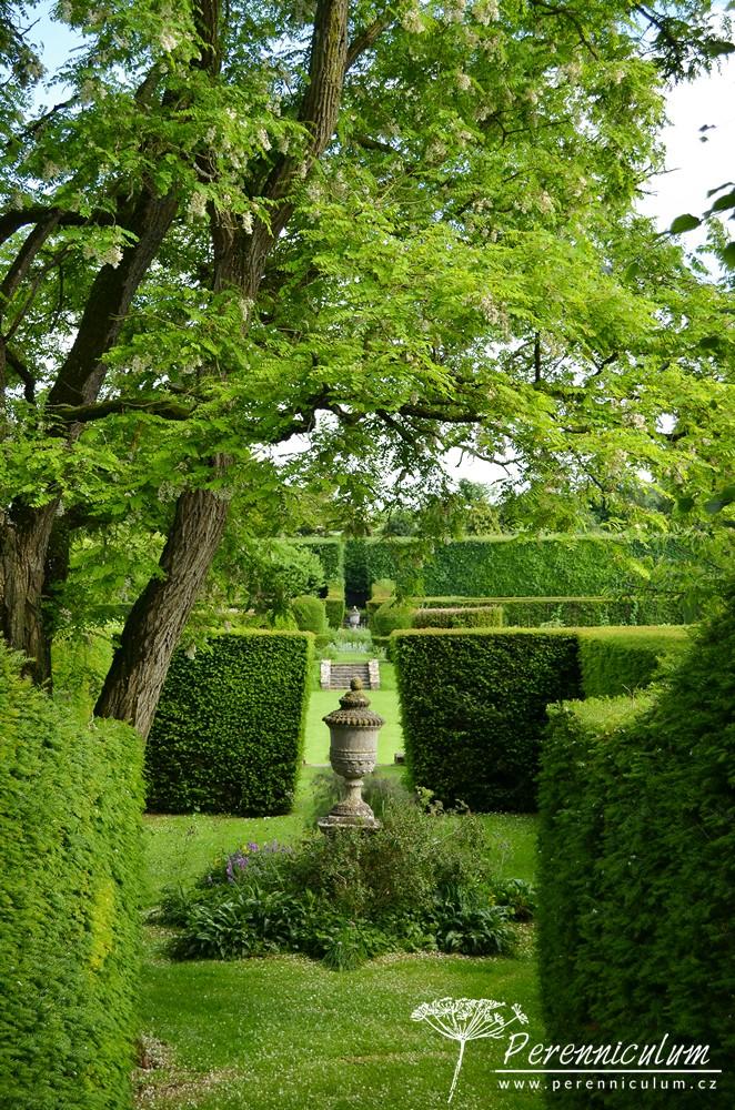 Hazelbury Manor Gardens